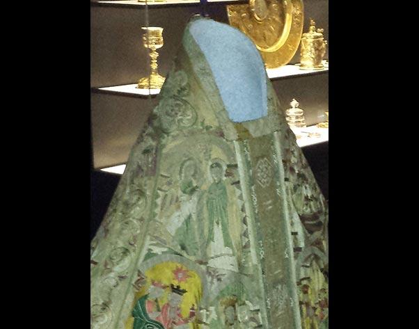Textilrestaurierung.net Christine Supianek-Chassay Objektmontage